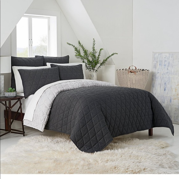 Ugg Bedding Ugg Terra Reversible Quilt Twinxl In Charcoal Poshmark